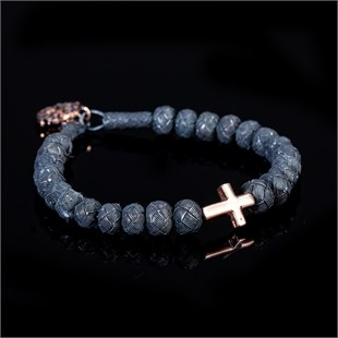 Dark Soul, Gold Single Cross Bracelet