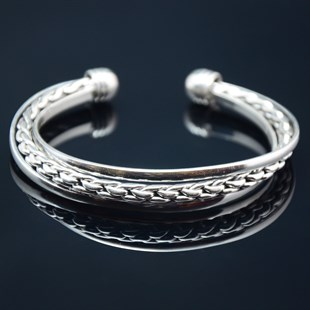 Premium Spartacus Bangle